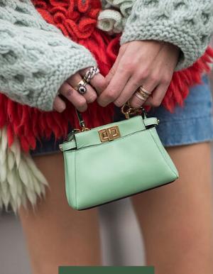 MINI BAGS: As menores - e mais estilosas - bolsas do mundo