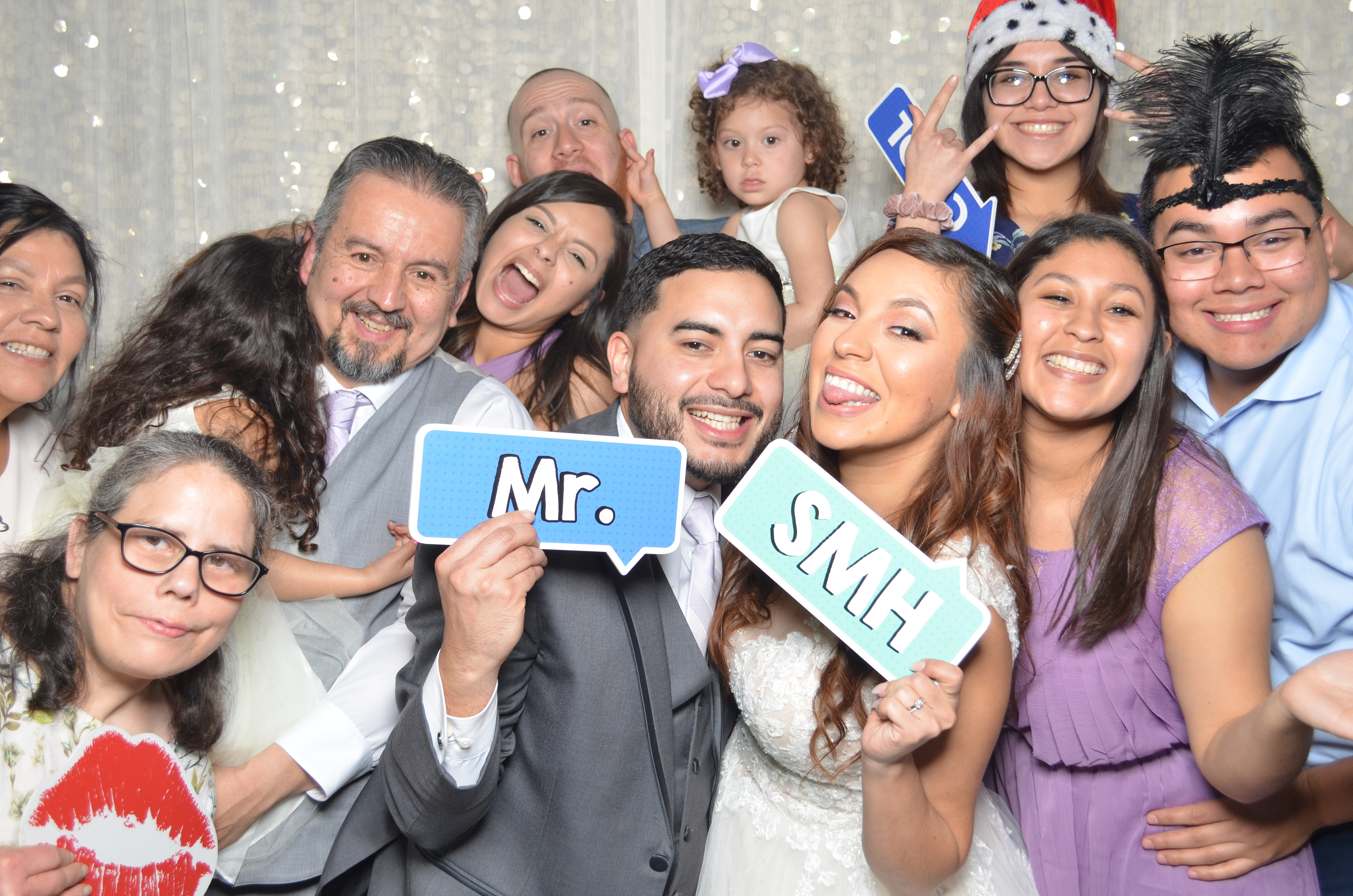 $375 3hrs Photo Booth LIMITED QUANTITY