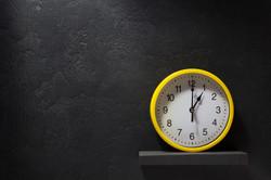 wall-clock-at-black-background-PRH3AKG