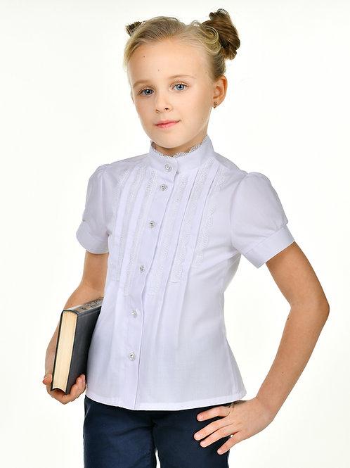 Белая школьная блузка с узким кружевом и коротким рукавом