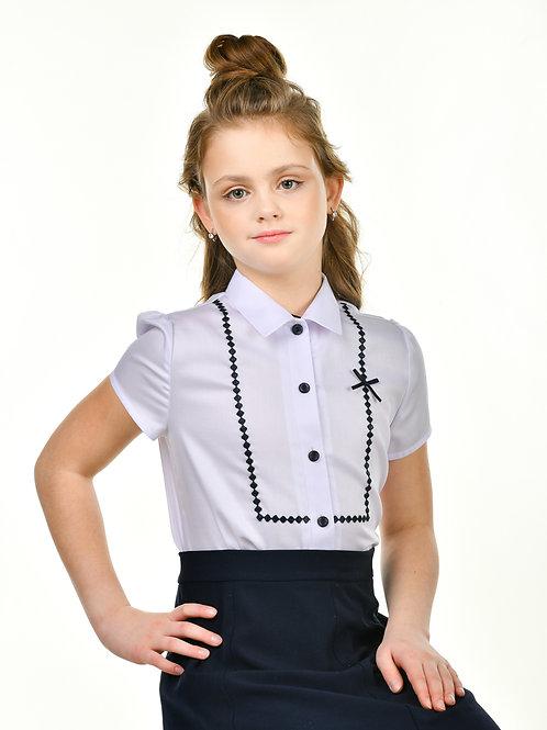 Блузка школьная с коротким рукавом и синей отделкой