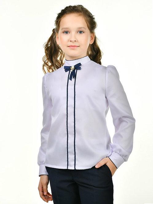 Нарядная школьная блузка с синей отделкой