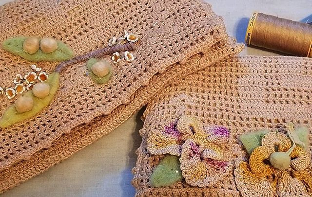 hand stitch vintage lace clutches
