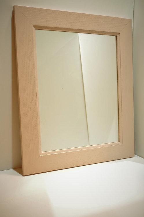 Розовое зеркало