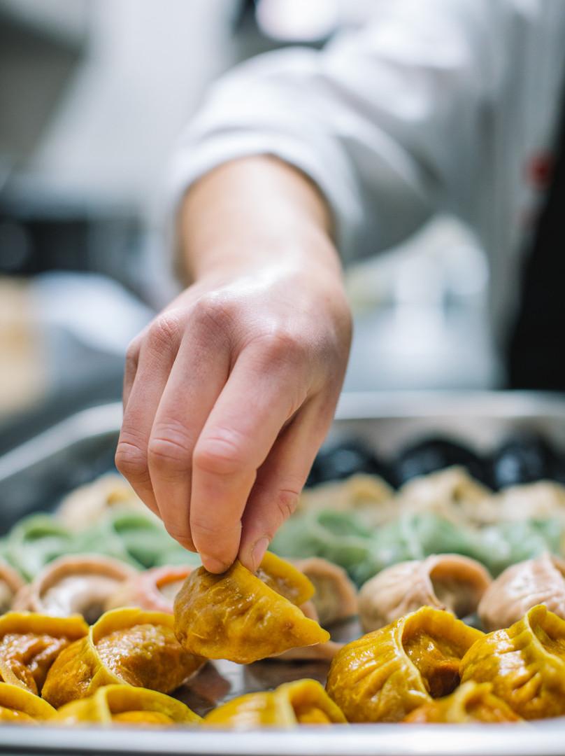 Produção de dumplings Madam bo