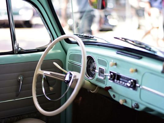 VINTAGE & CLASSIC CAR HIRE