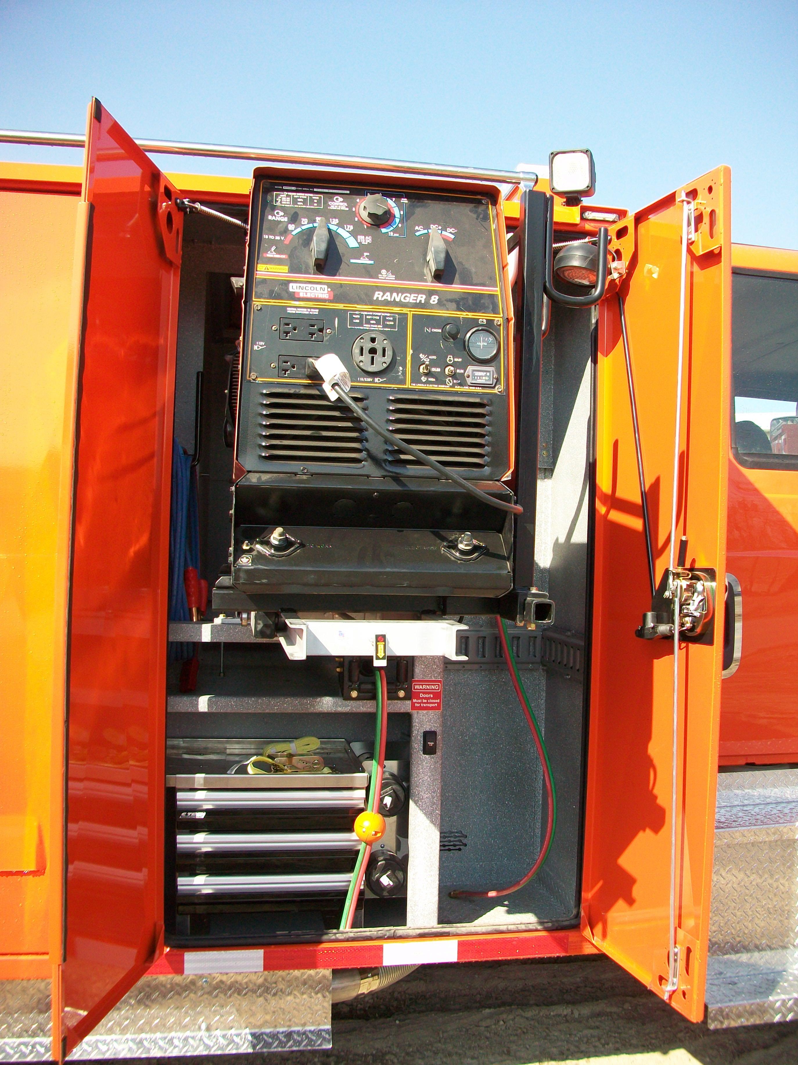 gooseneck bumper service truck welder