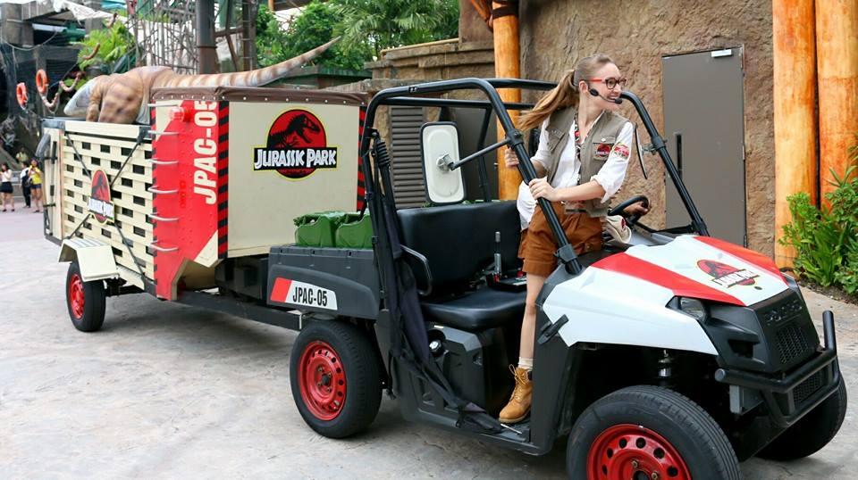 Jurassic Park Show Host