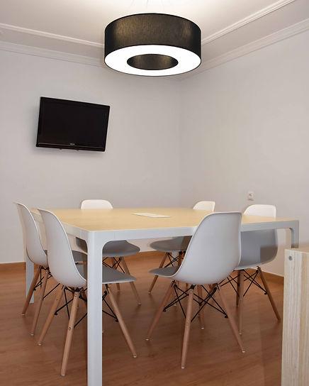 sala de reuniones diferente