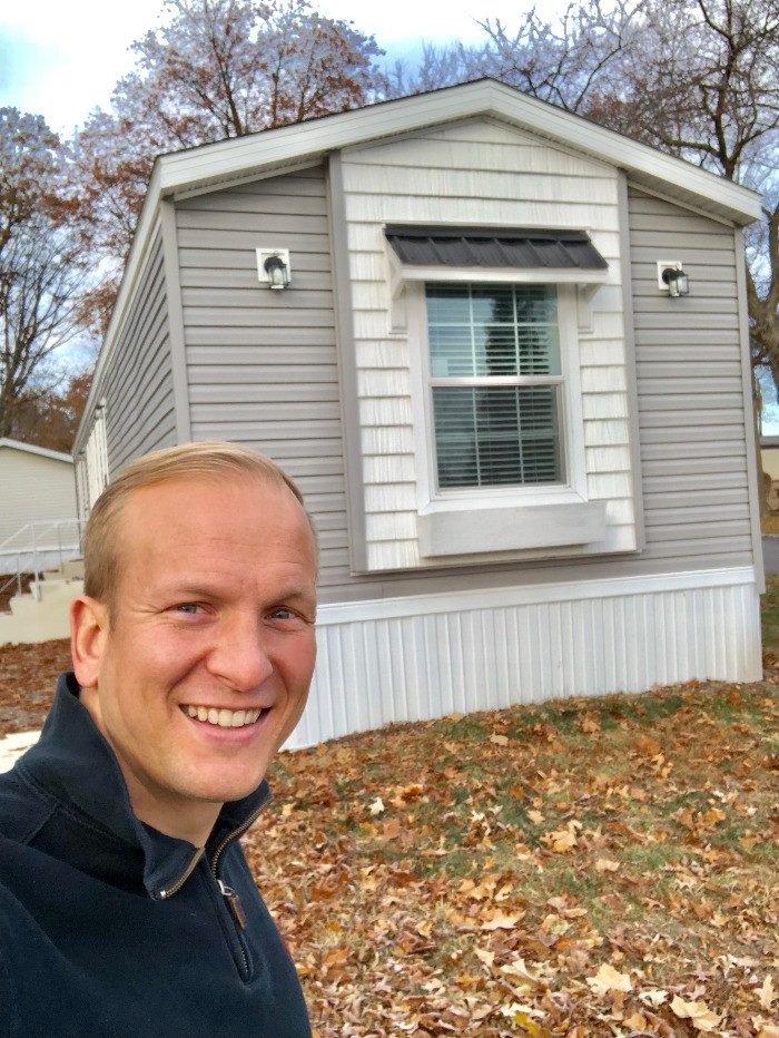 Brand New Mobile Home Just Installed!