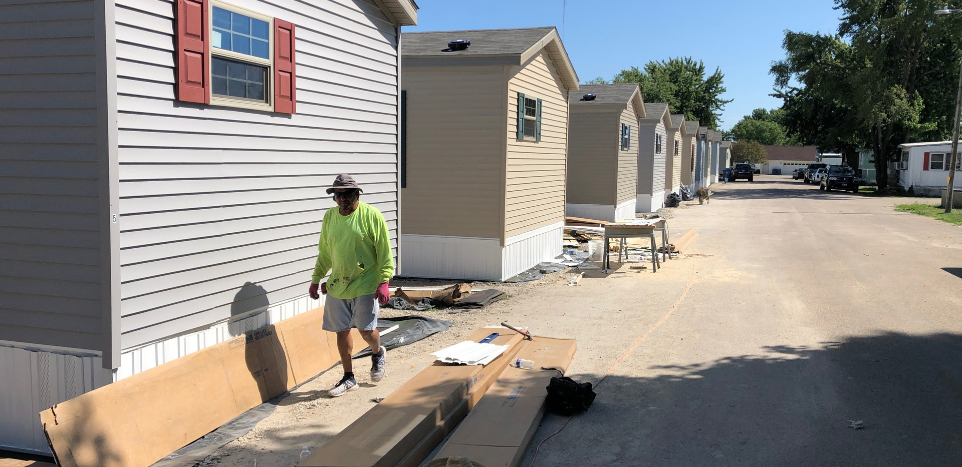 New mobile homes getting skirted in Illinois