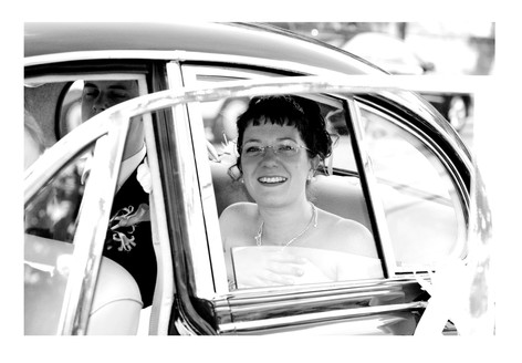Bride in car at Sheffield Botanical Gardens