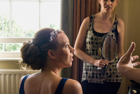 The Bride getting ready, Hampton Court Mitre Hotel