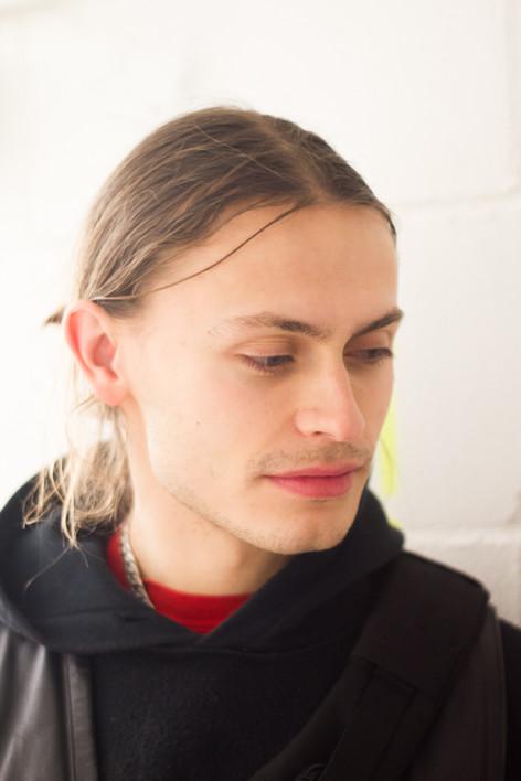 DJ & producer ERSATZ