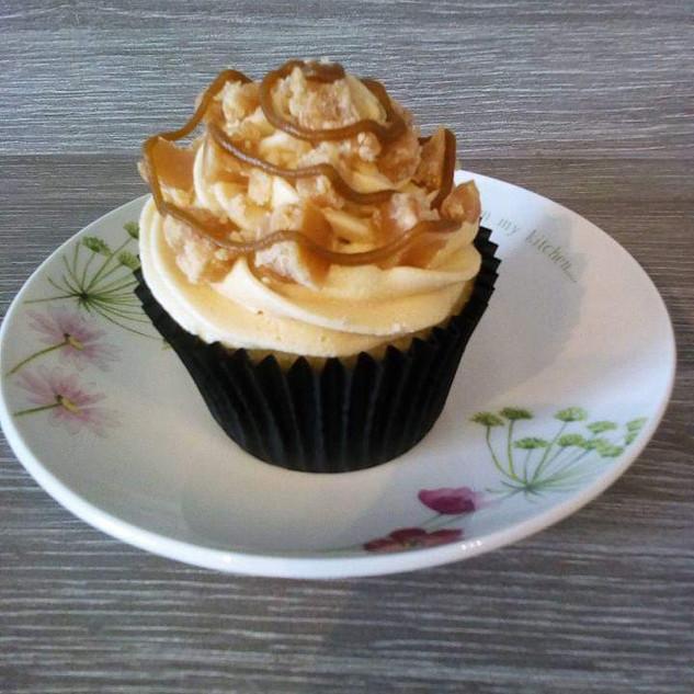 Salted Caramel Fudge Cupcake