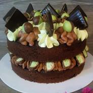 Mint Choc Cake - £16.99
