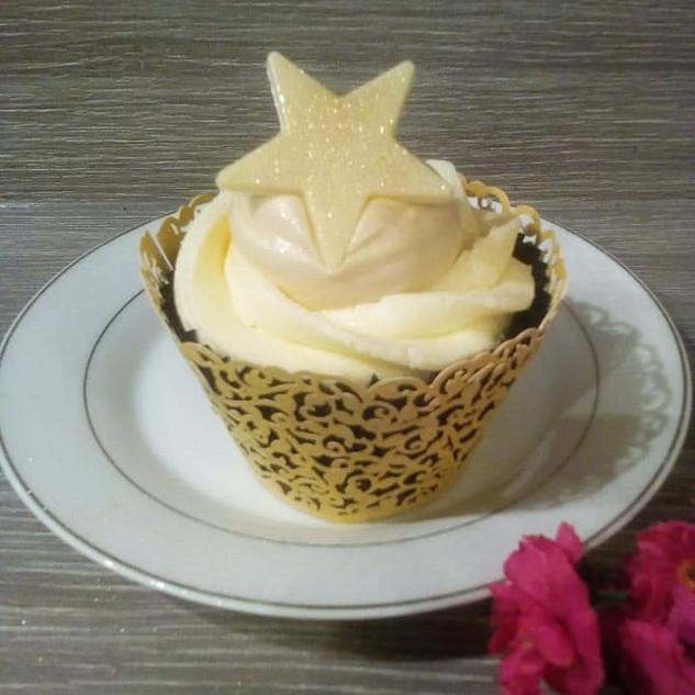 Baileys & Vanilla Cupcake