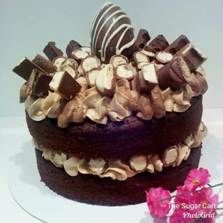 Kinder Cake - £17.99