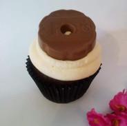 Fox's Chocolate Ring Cupcake