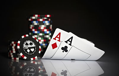 poker-poker-karty-tuzy-fishki.jpg