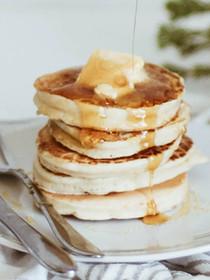 Cassava and Flax Paleo Banana Pancakes