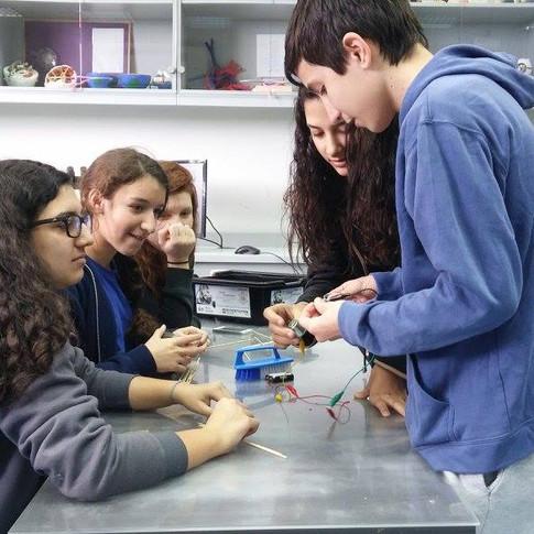 Girls to STEM.jpg