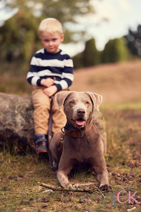 beste-Freunde-Shooting-Hund-und-Kind-cli