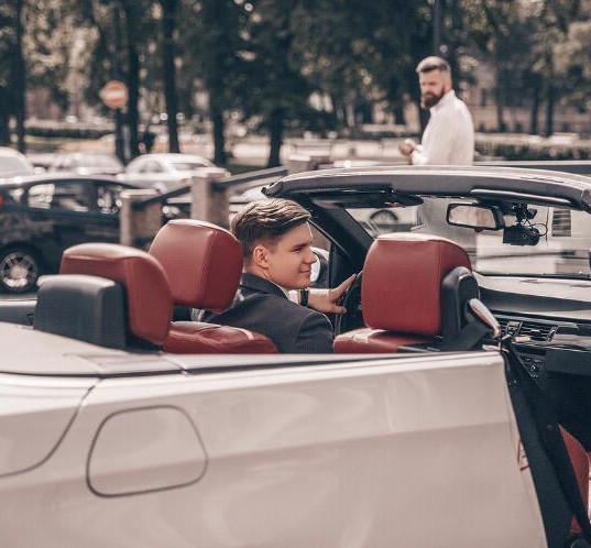 Машина в аренду.jpg