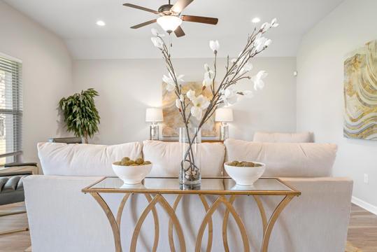 cambre-oaks-living-room-3jpg