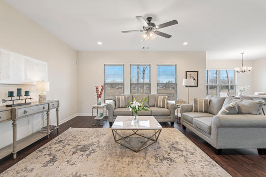 cottages-at-savannah-row-living-room-3