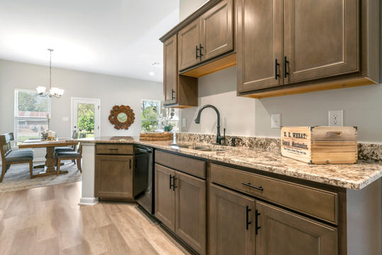 cambre-oaks-kitchen-3jpg