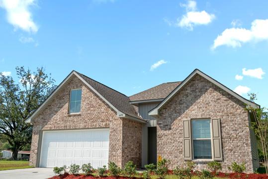 cambre-oaks-model-home-exterior-1jpg