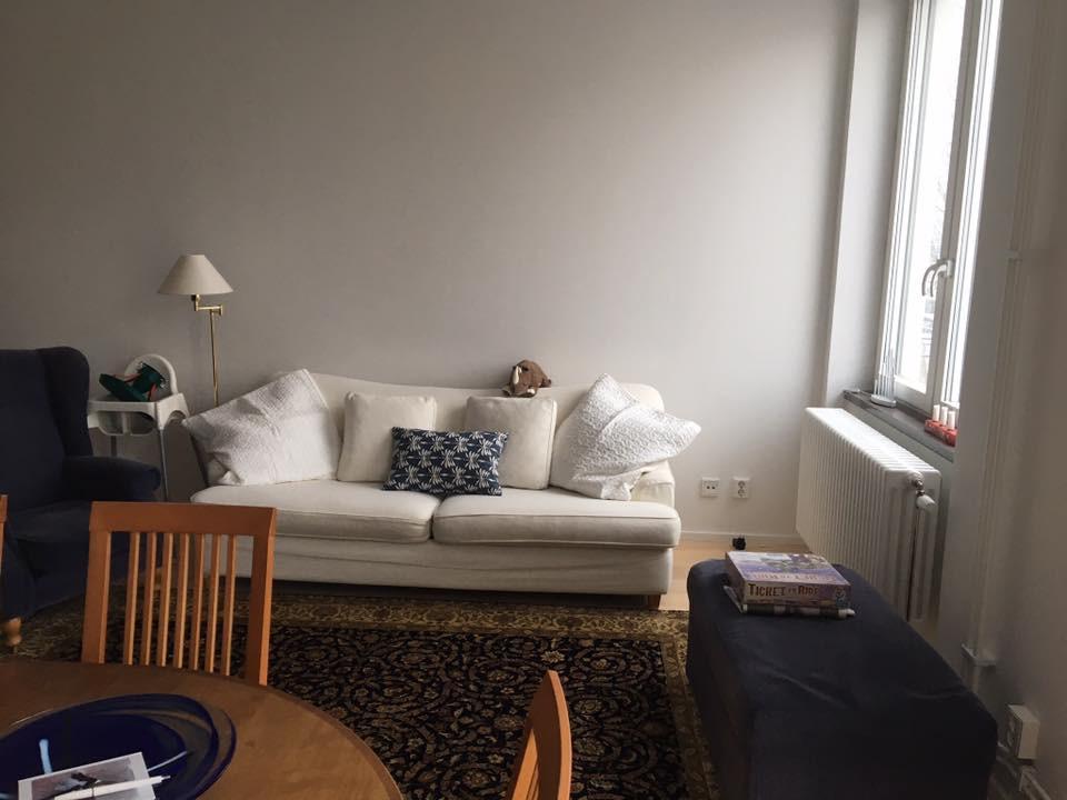 ruddammen-före-soffa-stilrummet.jpg