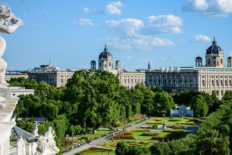 Vienna Volksgarten & Museums