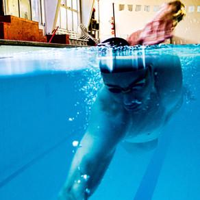 3 Educativos de pernada e 3 de braçada para melhorar o seu nado crawl