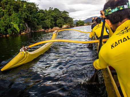Canoa havaiana: um esporte com tradições milenares