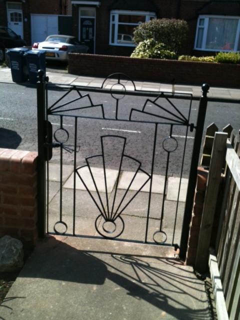 Art deco gate.JPG