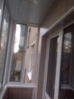 Остекление с внутренней отделкой балконов