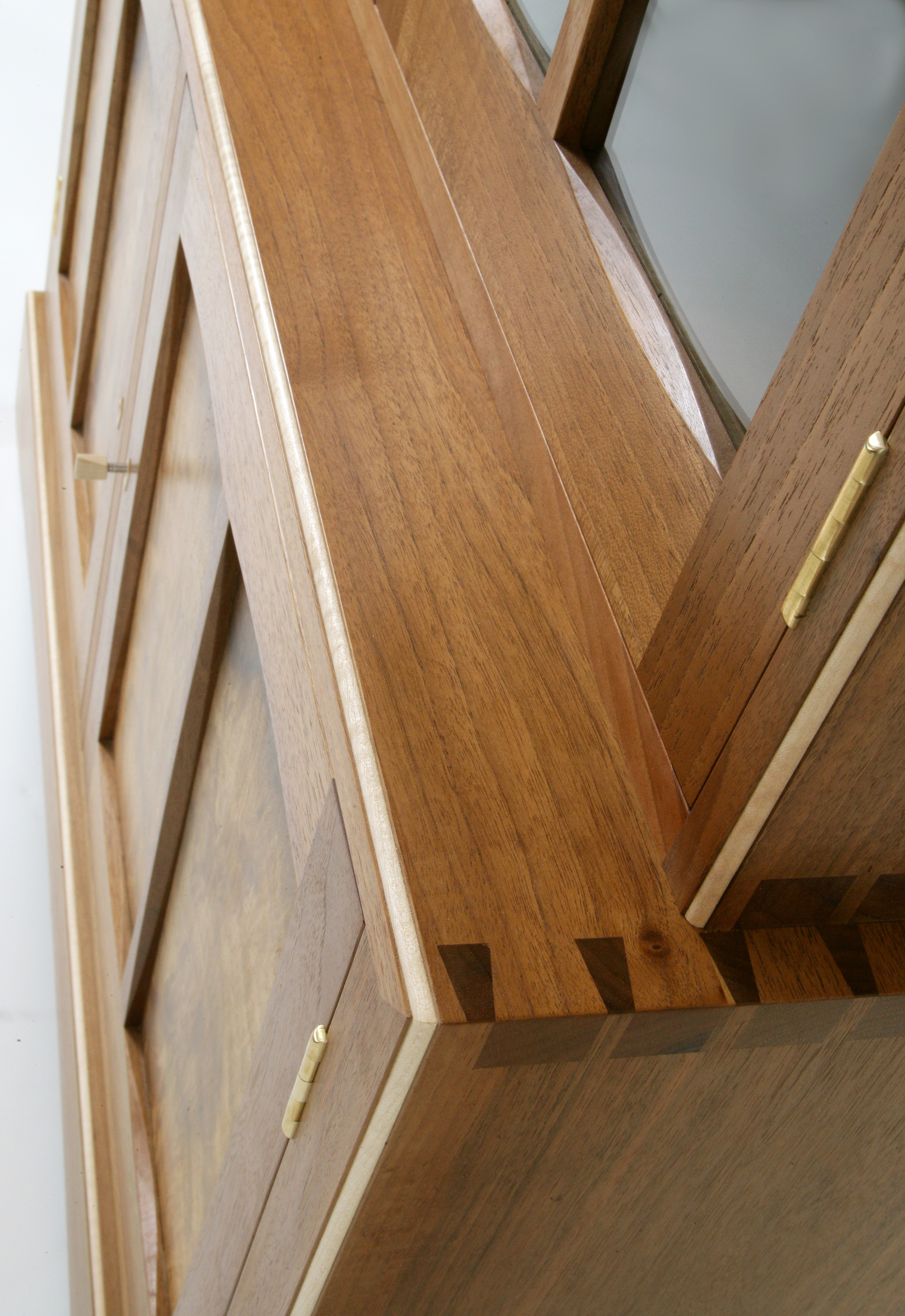 Cabinet Dovetails 2