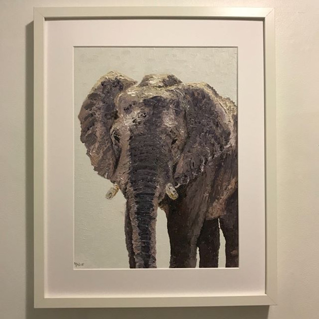 Elephant. Oil on canvas board 30x40cm