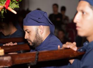 Fe, devoción y tenacidad: Anécdota de una angustiosa noche bajo las andas