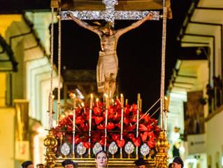 Jueves Santo:  Procesión del Señor de la Veracruz