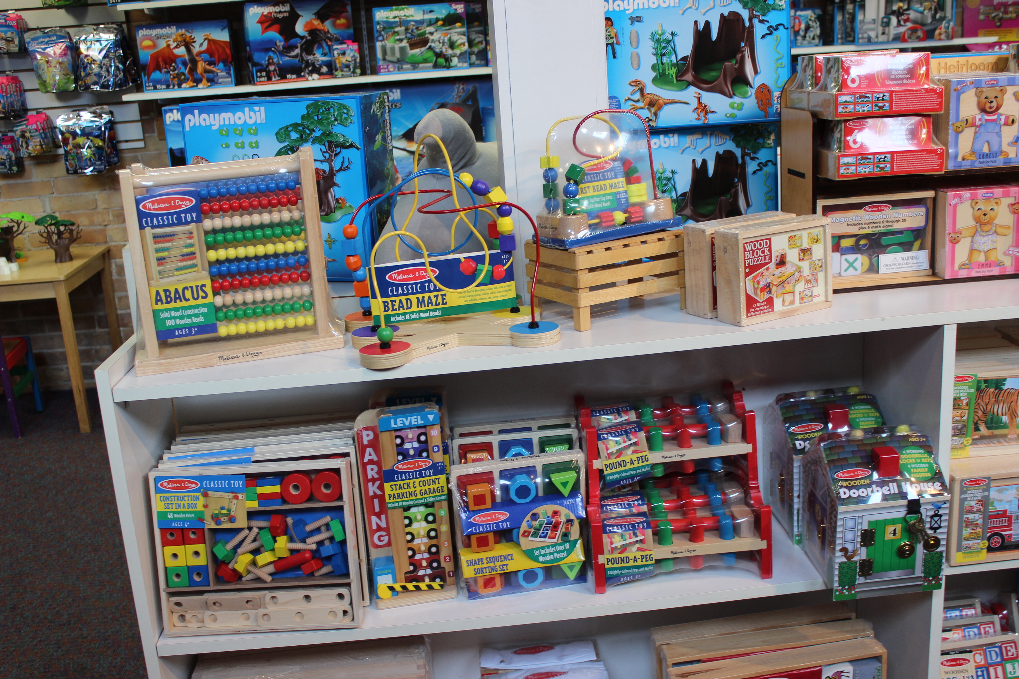 WOODEN TOYS & PUZZLES