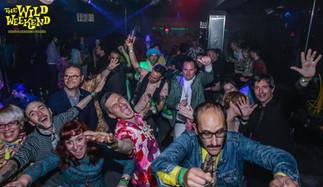 Crayzeee Crowd