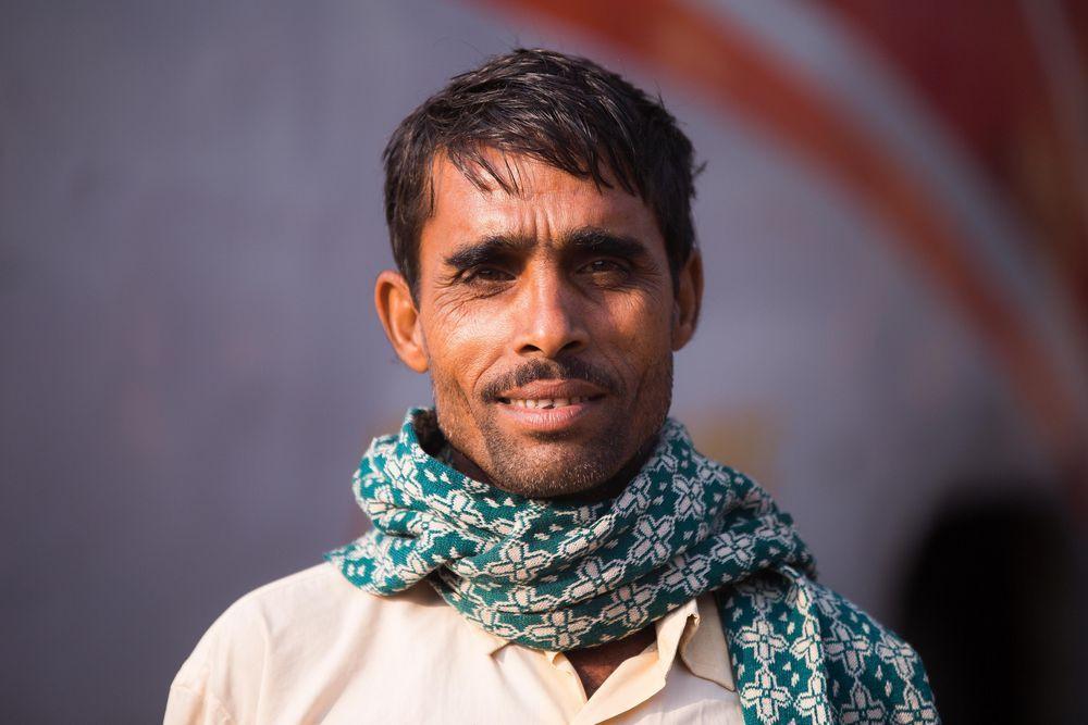 Homem de Bangladesh