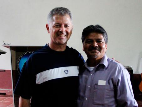 Alcançando os não-alcançados em El Salvador