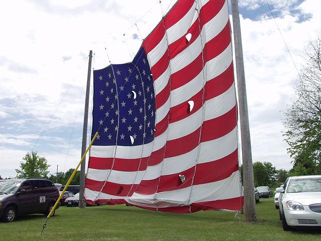 BIG FLAG 4.jpg