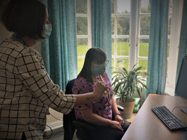 Digital support for non-clinical staff to promote the use of virtual consultations