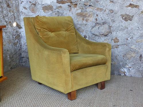 Fauteuil vintage velours jaune moutarde