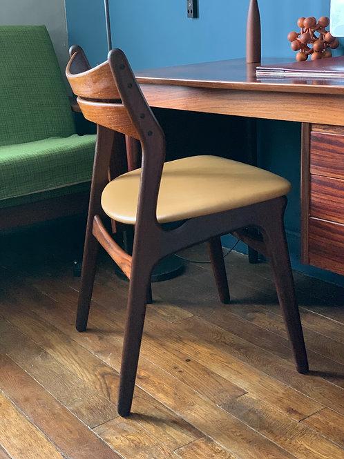 Chaise scandinave vintage Erik Buch modèle 310